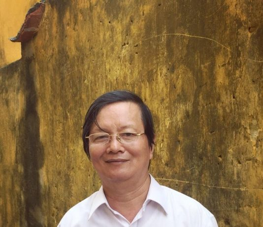Nhà thơ, dịch giả, nhà nghiên cứu lịch sử Bùi Xuân