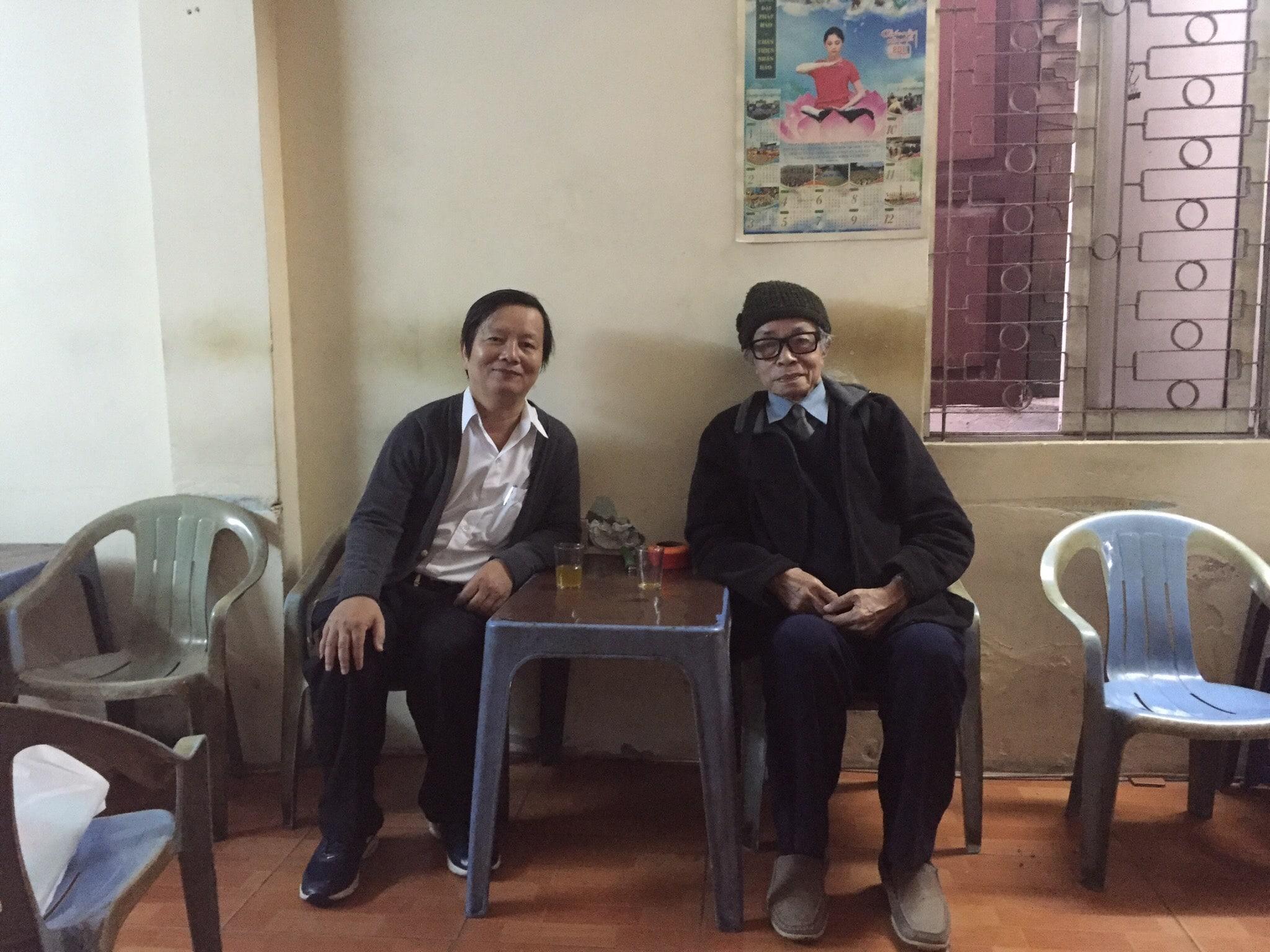 Dịch giả Bùi Xuân và tác giả Lâm Vinh