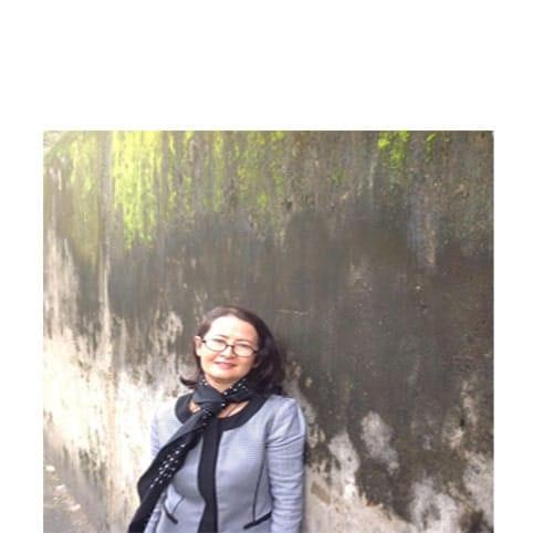 Nhà thơ Hoàng Thị Thương
