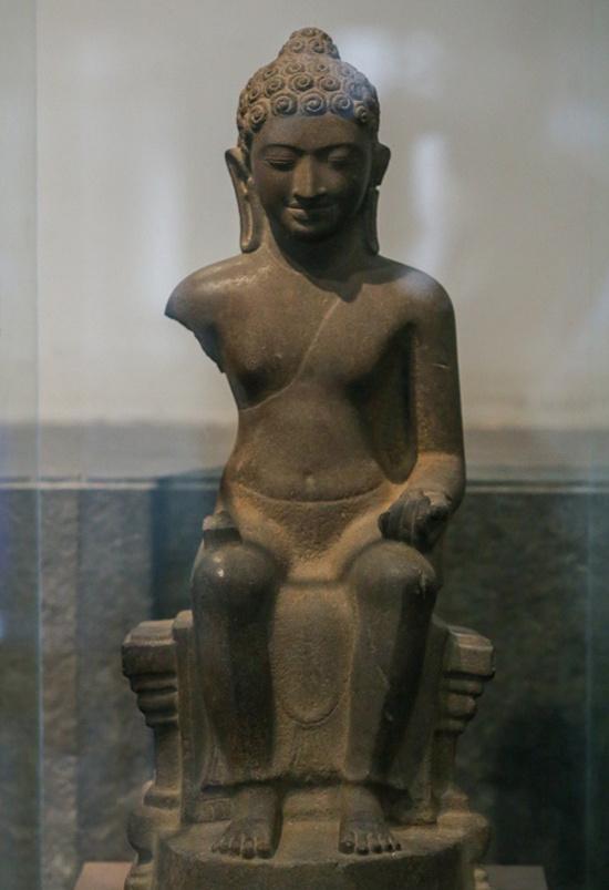 Tượng Phật Sơn Thọ
