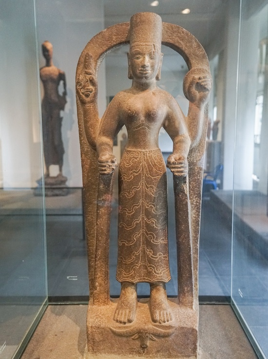 Tượng Nữ Thần Durga tạc từ thế kỷ 7