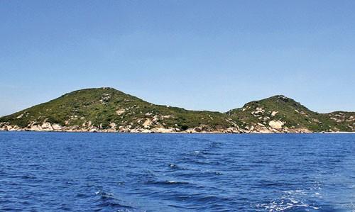 Đảo Hòn Đỏ ngoài khơi hải phận Ninh Hòa