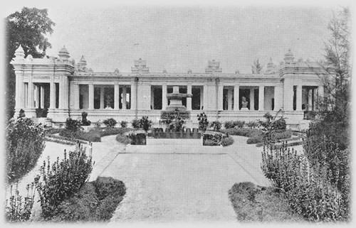 Không gian của toà nhà bảo tàng gần 1000 m2 đã được bố trí thành những khu vực trưng bày, gồm các Phòng Trà Kiệu, Phòng Mỹ Sơn