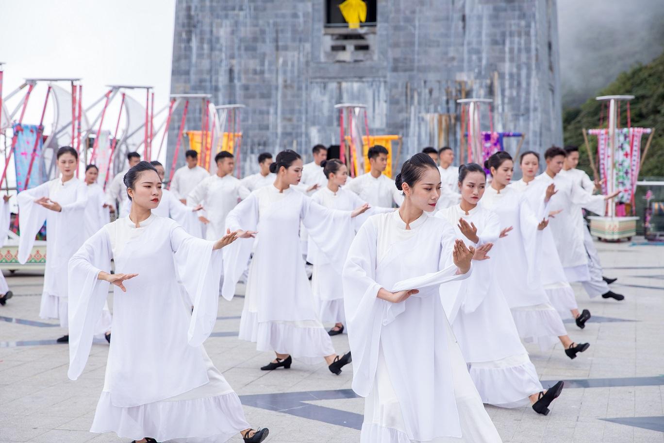 Show nghệ thuật Vũ điệu trên mây tại Sun World Fansipan Legend (8)