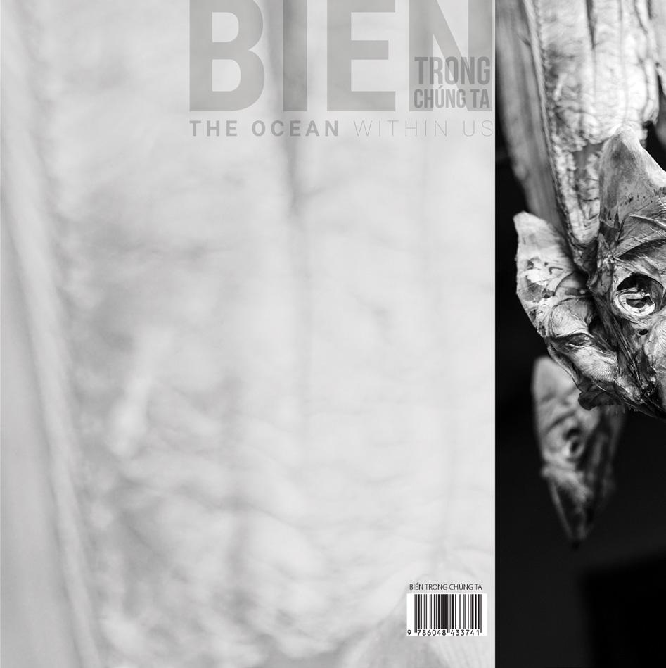 www.nxbdanang.vn Chịu trách nhiệm xuất bản | Publishing:= Giám Đốc | Director TRƯƠNG CÔNG BÁO Chịu trách nhiệm nội dung | Content: Tổng Biên Tập | Editor-In-Chief NGUYỄN KIM HUY Biên tập | Editor: HUỲNH YÊN TRẦM MY Trình bày bìa và thiết kế | Design and cover presentation: THANH LƯU Sửa Bản In | Print Editor: THẢO VY In 1.000 Cuốn, khổ 25 X 25cm. Tại Công ty TNHH Sáng tạo trẻ - Địa chỉ: Số 18 Đất Thánh, Q. Tân Bình, Tp Hồ Chí Minh. Số ĐKXB: 2666-2018/CXBIPH/03-139/ ĐaN cấp ngày 03/4/2018. Số: 594/QĐ-NXBĐaN cấp ngày 01/10/2018. Số ISBN: 978-604-84-3374-1. In xong nộp lưu chiểu tháng 10 năm 2018