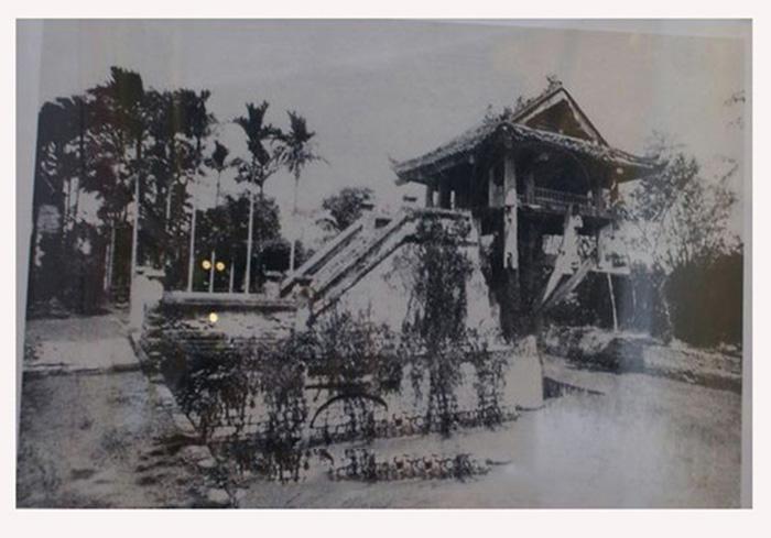 hùa Một Cột năm 1939. Trung tâm Lưu trữ quốc gia III, Phông Nghệ sĩ nhiếp ảnh Nguyễn Bá Khoản, SLT 34 -493.