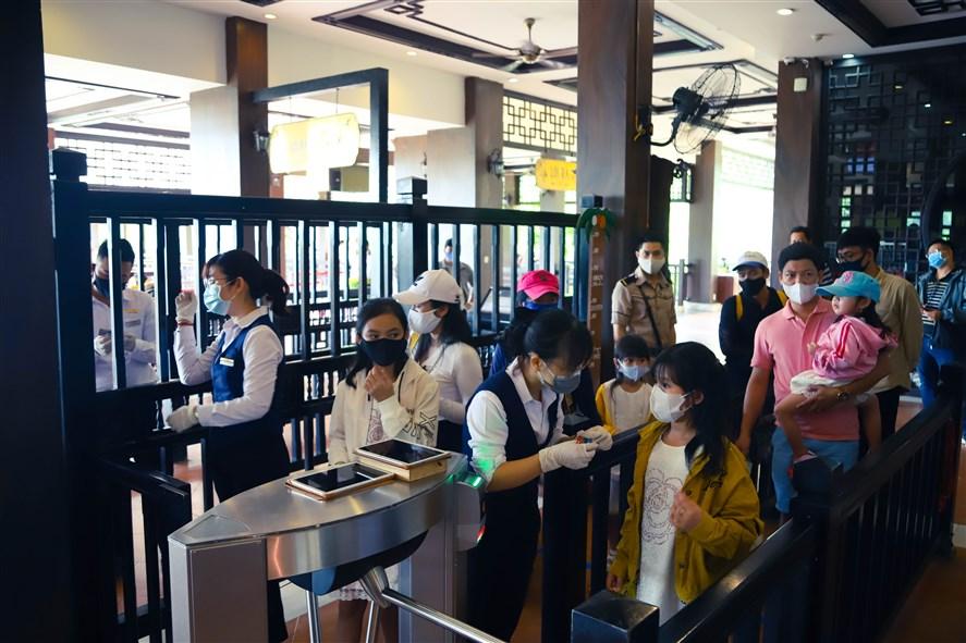 Sun World Ba Na Hills ngày đầu mở cửa