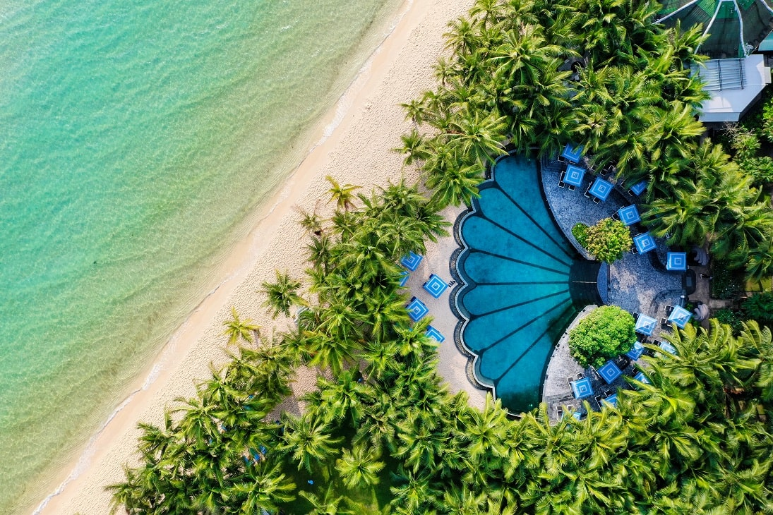 JW Marriott Phu Quoc Emerald Bay tạo nên một bức tranh biển đẹp diệu kỳ.