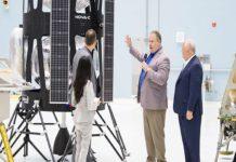 Dự án đưa phụ nữ lên mặt trăng của NASA