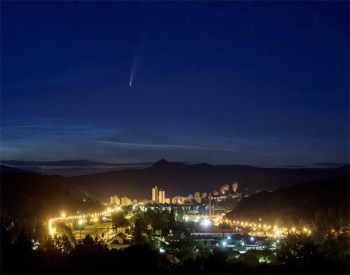 sao chổi cực hiếm 7.000 năm mới xuất hiện trở lại