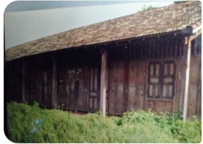 Trường học năm 1990-1991 tại xã Sông Kôn, Đông Giang (Ảnh: Huỳnh Văn Sanh)