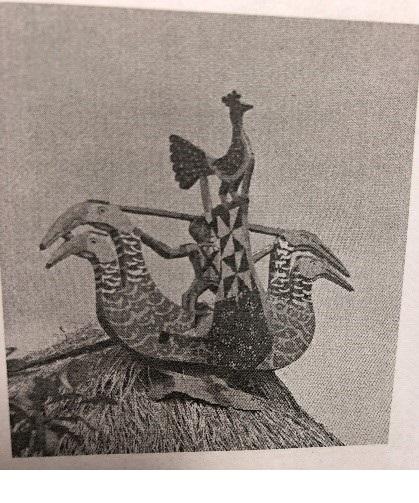 Gà trống, chim tr'iing, người, người, múa da dắ (Ảnh: St