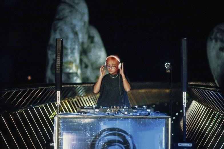 Lễ hội âm nhạc trực tuyến UWSA tại Cầu Vàng