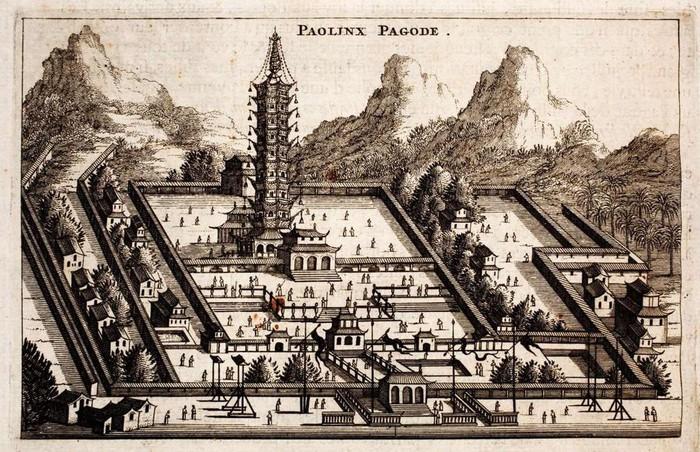 Tháp Sứ, Nam Kinh, Trung Quốc: Đúng như tên gọi, tòa tháp khổng lồ này được làm hoàn toàn bằng sứ. Tháp cao 79 m và tồn tại trong suốt 400 năm từ thế kỷ 14 đến 19, trước khi bị quân nổi dậy Thái Bình Thiên Quốc phá hủy. Năm 2015, tòa tháp được tái sinh dưới dạng một công trình hiện đại. Tuy nhiên nguyên liệu không dùng sứ như xưa mà được thay bằng thép và kính.9-min