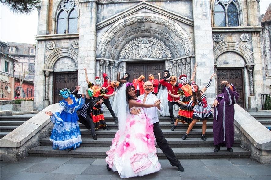 """Chương trình nghệ thuật hoành tráng với các show diễn được đầu tư công phu như minishow """"Điệu nhảy đầu"""""""