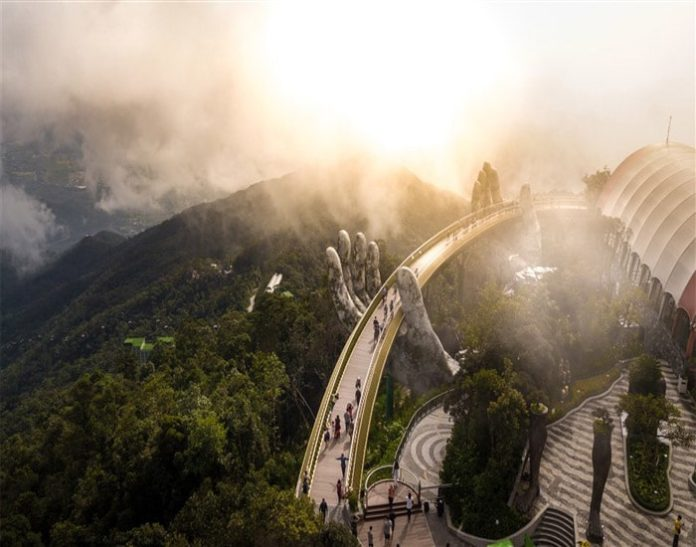 Lập hattrick giải thưởng du lịch thế giới, Sun World Ba Na Hills đưa du lịch Đà Nẵng vươn tầm