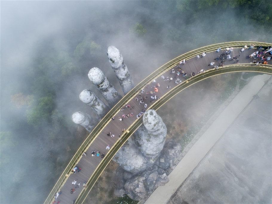 Cau Vang Sun World Ba Na Hills (1)-min