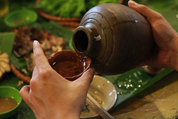 Rượu trong đời sống và văn hóa người Việt