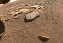 Trưng bày khối đá sao Hỏa nguyên vẹn lớn nhất trên Trái đất